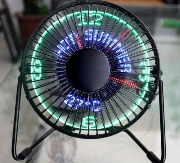 Post image for Metal Desktop Clock Fan