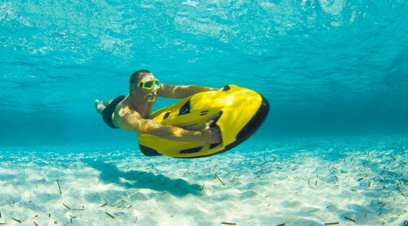 Post image for Seabob F5 S – Compact High-Performance Water Craft