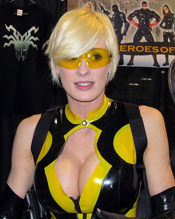Post image for Getting Breast Implants for Cosplay? – Essentials You Need to Know